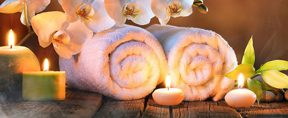 What are some of the property amenities at Roman Spa Hot Springs Resort?