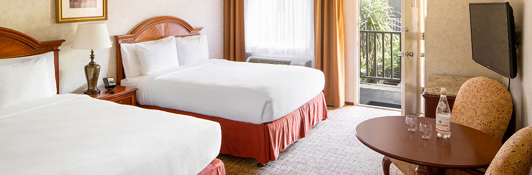 Classico With Two Beds at Roman Spa
