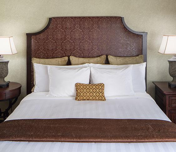 Splendido Suite with JACUZZI® Tub of Roman Spa Hot Springs Resort, Calistoga