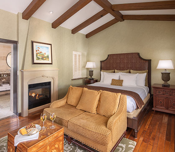 Splendido Suite with JACUZZI® Tub of Roman Spa Hot Springs Resort, Calistoga
