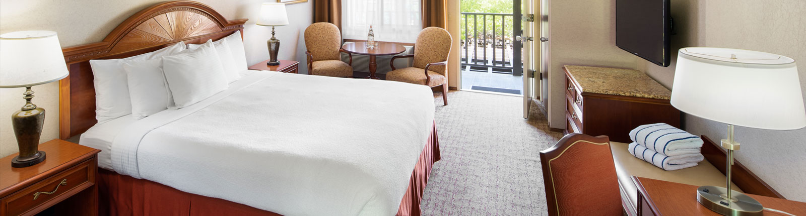 Classico Rooms at Roman Spa Calistoga